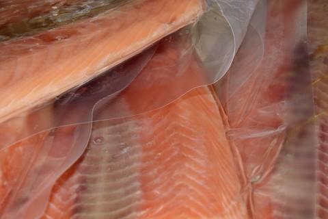 Fiscais federais alertam para fraude de pescados em supermercados do Brasil
