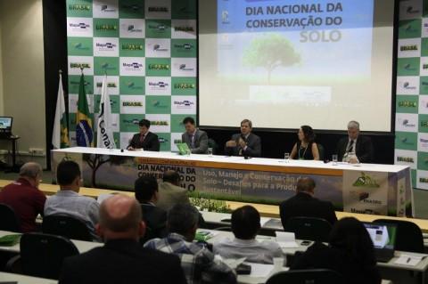 Proposta de projeto de lei quer regulamentar uso do solo e da água no meio rural