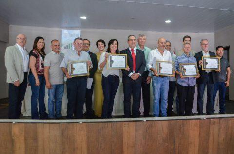 Zootecnistas são homenageados em evento no Paraná