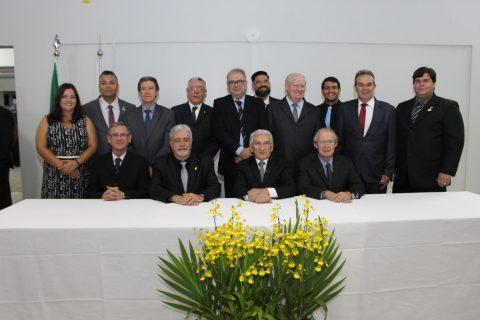 Nova diretoria e novos conselheiros assumem o CFMV para o triênio de 2017-2020
