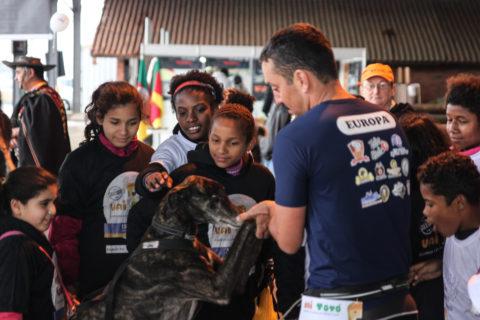 Canicross, esporte com cães, ganha força no Rio Grande do Sul