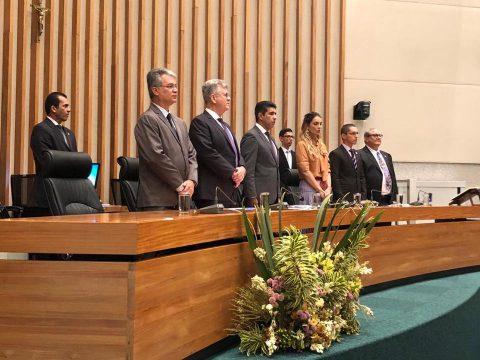 Em sessão solene, Câmara Legislativa do DF homenageia zootecnistas